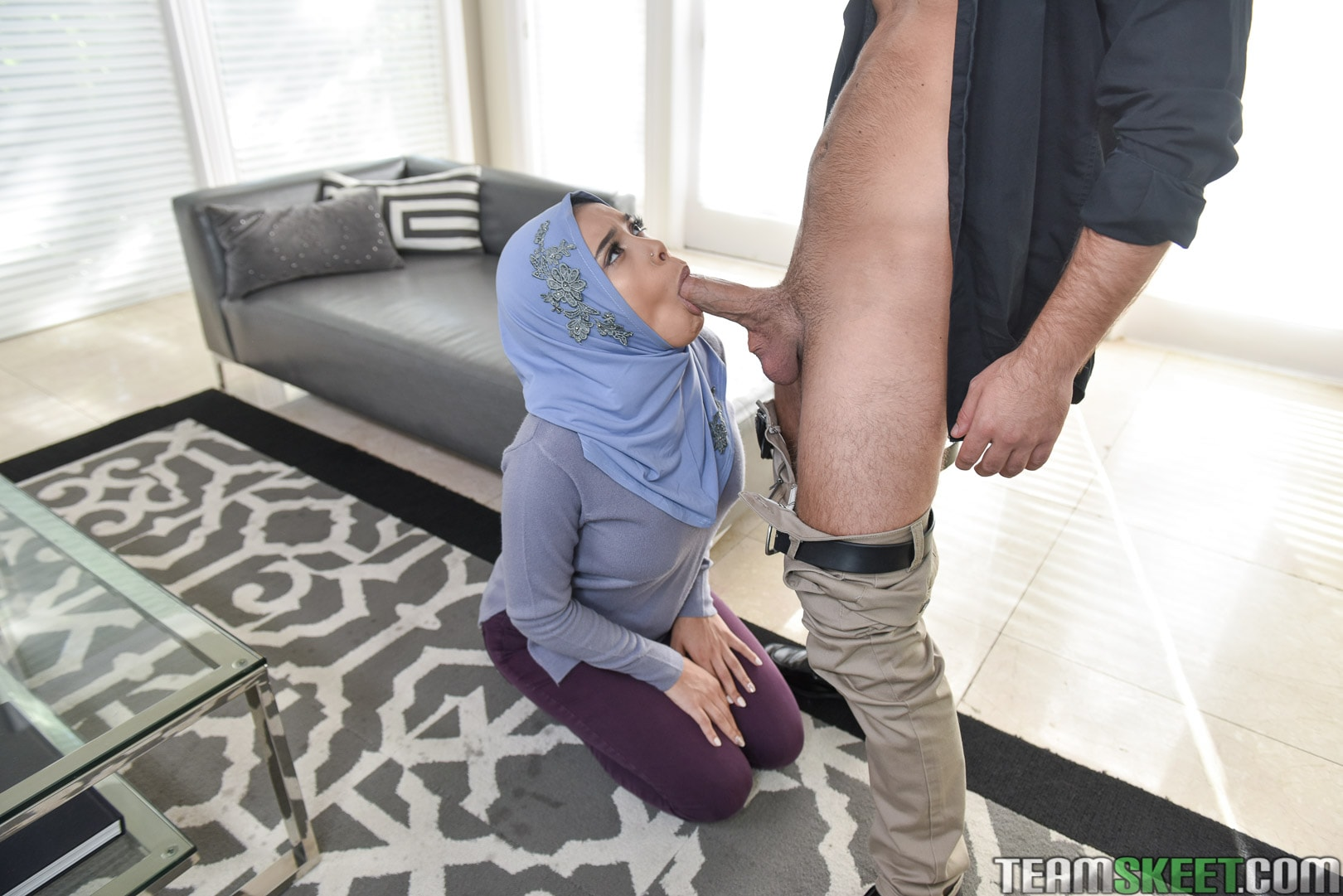 Aaliyah Hadid - Teenage Anal In Her Hijab | Picture (144)