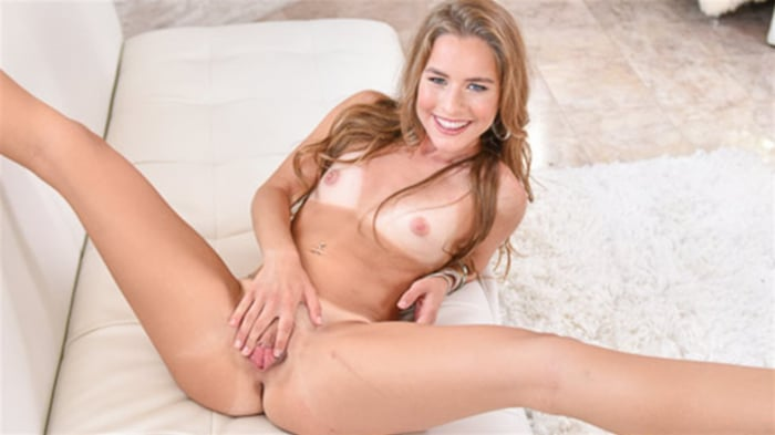 Lilly Ford in Itsy Bitsy HotSpot